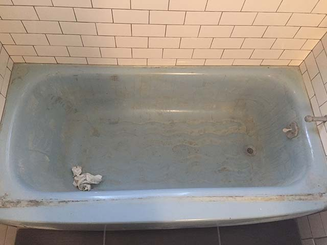 Bathtub 2 - Before