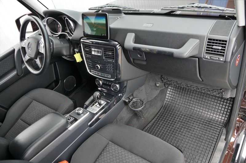 Mercedes-Benz G-Klasse 350 D / Grijs kenteken / Ex. BTW / NL-Auto / 68dkm NAP / Camera / Trekhaak / Climate / Cruise afbeelding 2