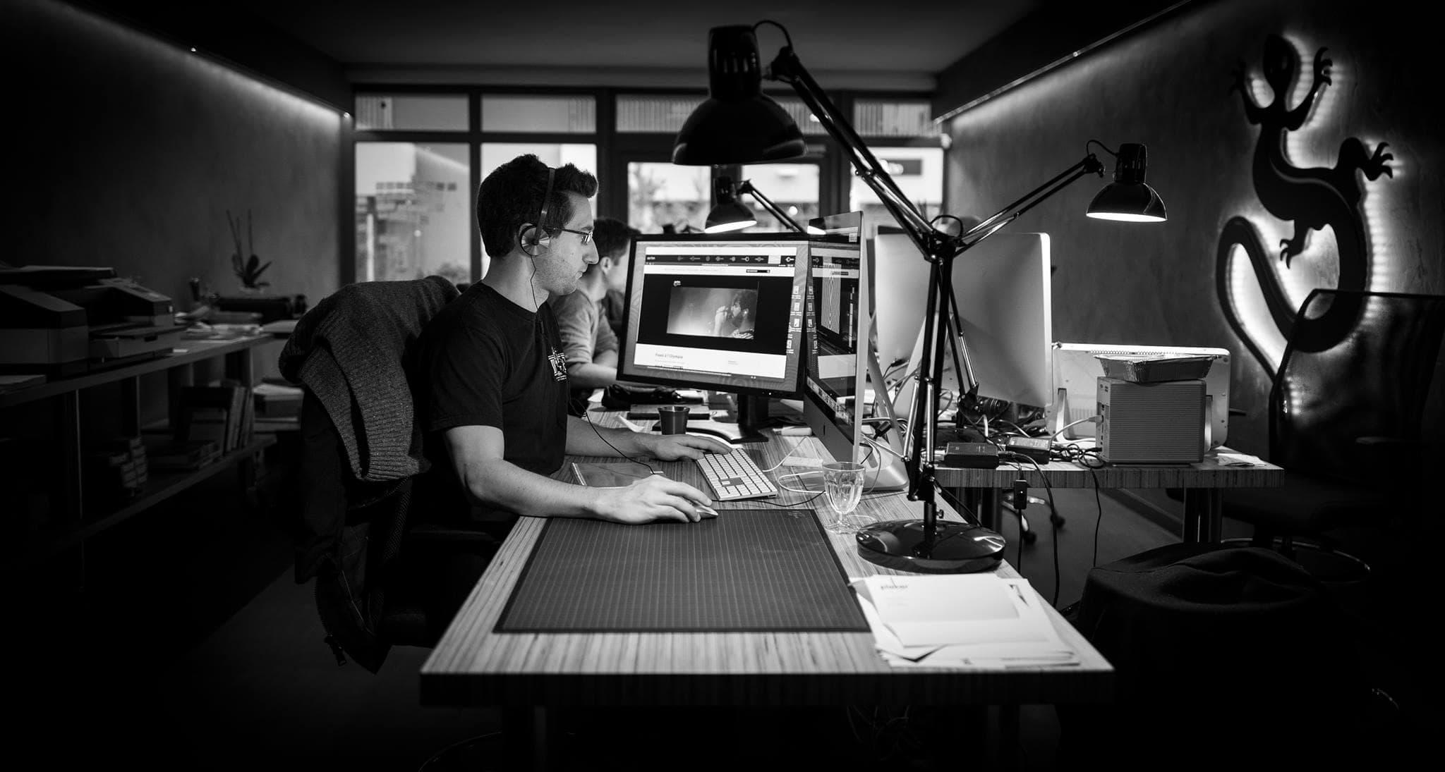 Intérieur des locaux de Lézards Création : Agence de communication basée dans les Vosges à Remiremont