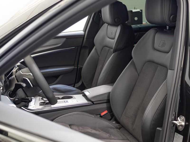 Audi A6 55 TFSI e quattro Competition Plug in Hybrid | 367PK | S-Line | B&O Sound | Nachtzicht | Camera | Adapt.Cruise | Head-Up | Trekhaak | Full Option | afbeelding 12