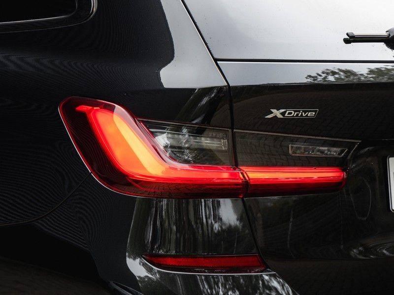 BMW 3 Serie Touring 330e xDrive M-Sport - Panorama - Harman Kardon - Active Cruise afbeelding 9