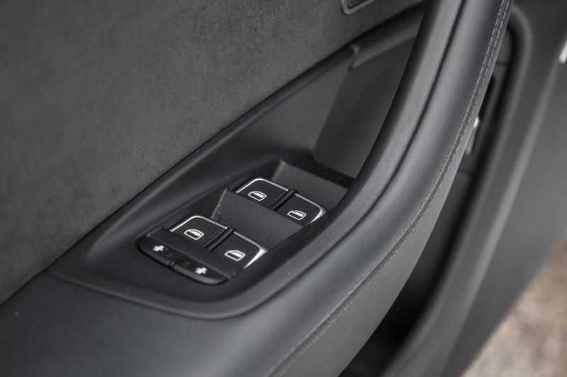 Audi A6 Avant 4.0 TFSI RS 6 quattro afbeelding 23