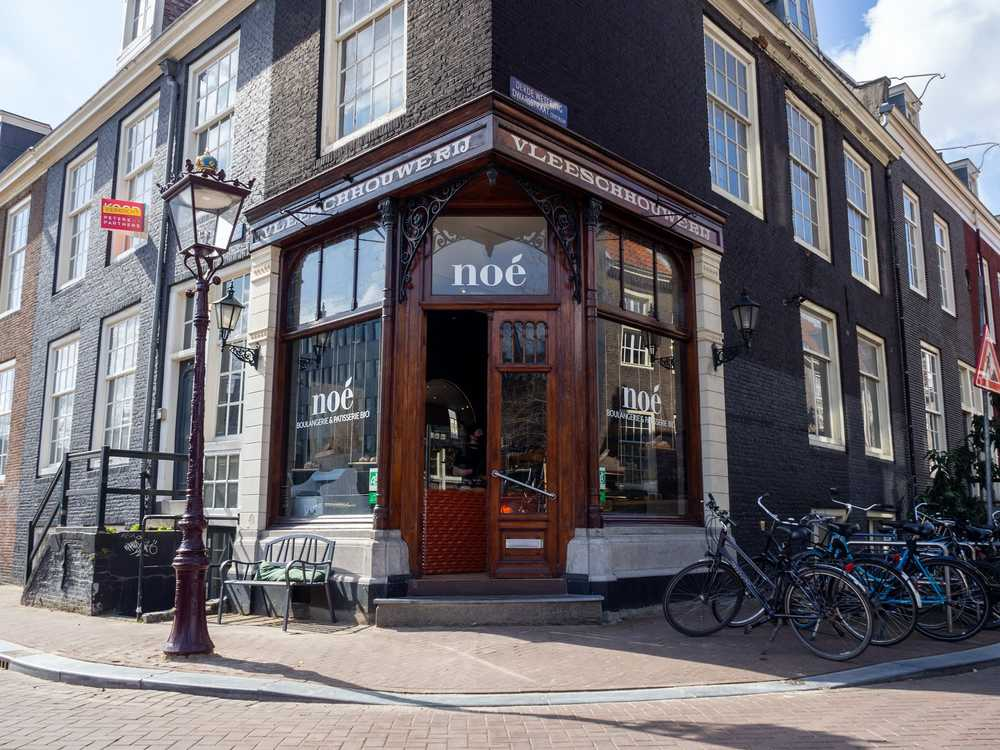Amsterdam French bakery is certified organic. Interview by Table Sage
