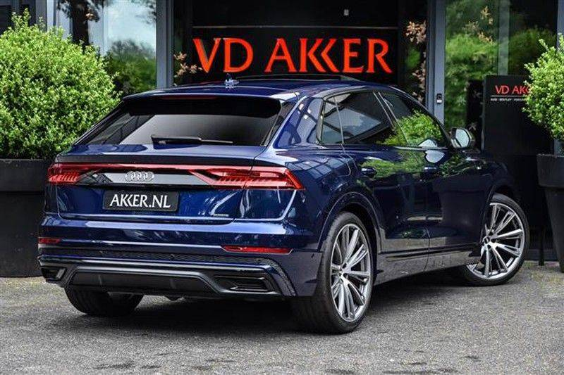 Audi Q8 55 TFSI S-LINE+23INCH+PANO.DAK+360CAM+BLACKLOOK afbeelding 2