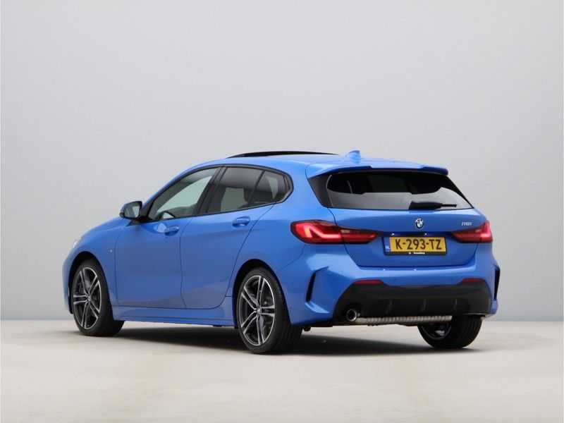BMW 1 Serie 118i High Executive M-Sport afbeelding 10