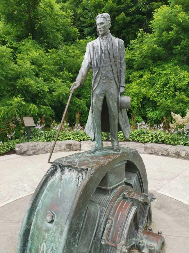 Tesla Memorial