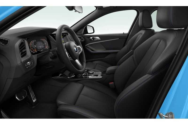 BMW 1 Serie 118i Executive Edition M-Sport afbeelding 8