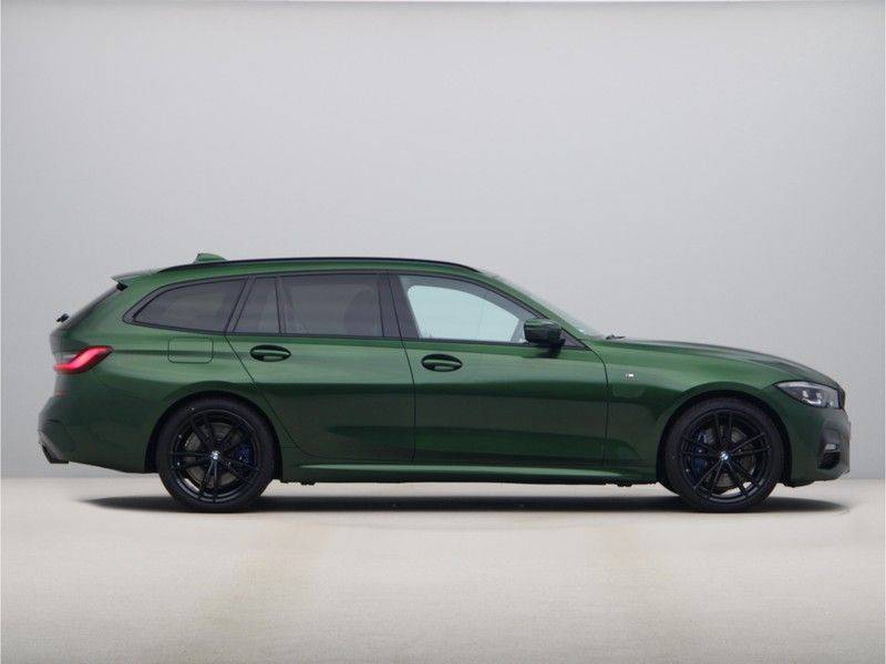 BMW 3 Serie 320i Touring Executive Edition M-sport afbeelding 8
