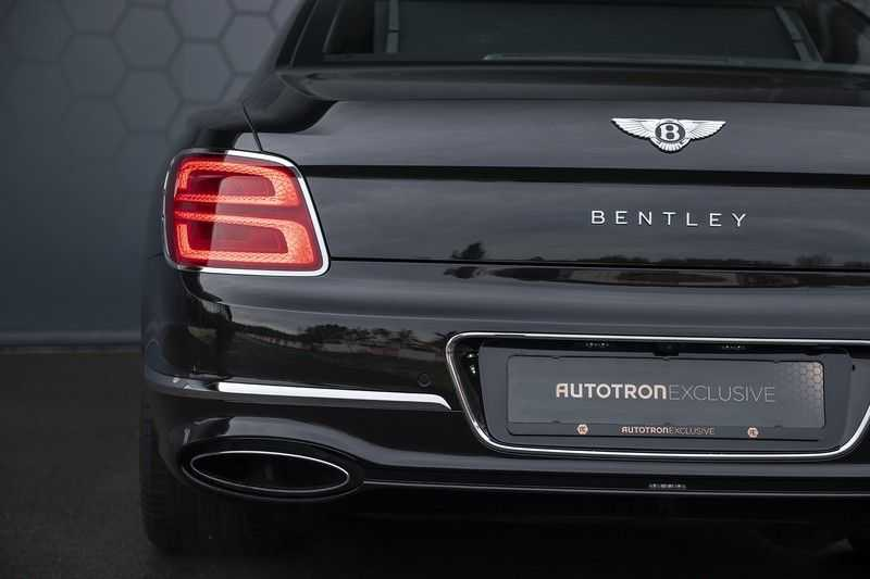 Bentley Flying Spur 6.0 W12 FIRST EDITION MY 2021 NAIM + Mulliner + Touring Spec + Head-Up + Bentley Rotating Display + Onyx Pearl / Beluga + Full Option + afbeelding 22