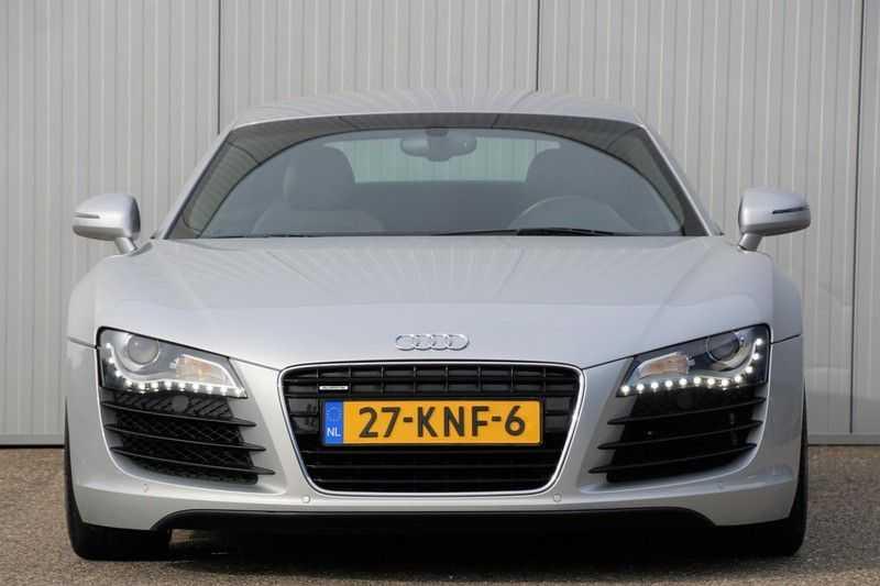 Audi R8 4.2 V8 FSI / 49dkm NAP / 1e eigenaar / B&O / R-Tronic / Orgineel Nederlands! / Navigatie afbeelding 15
