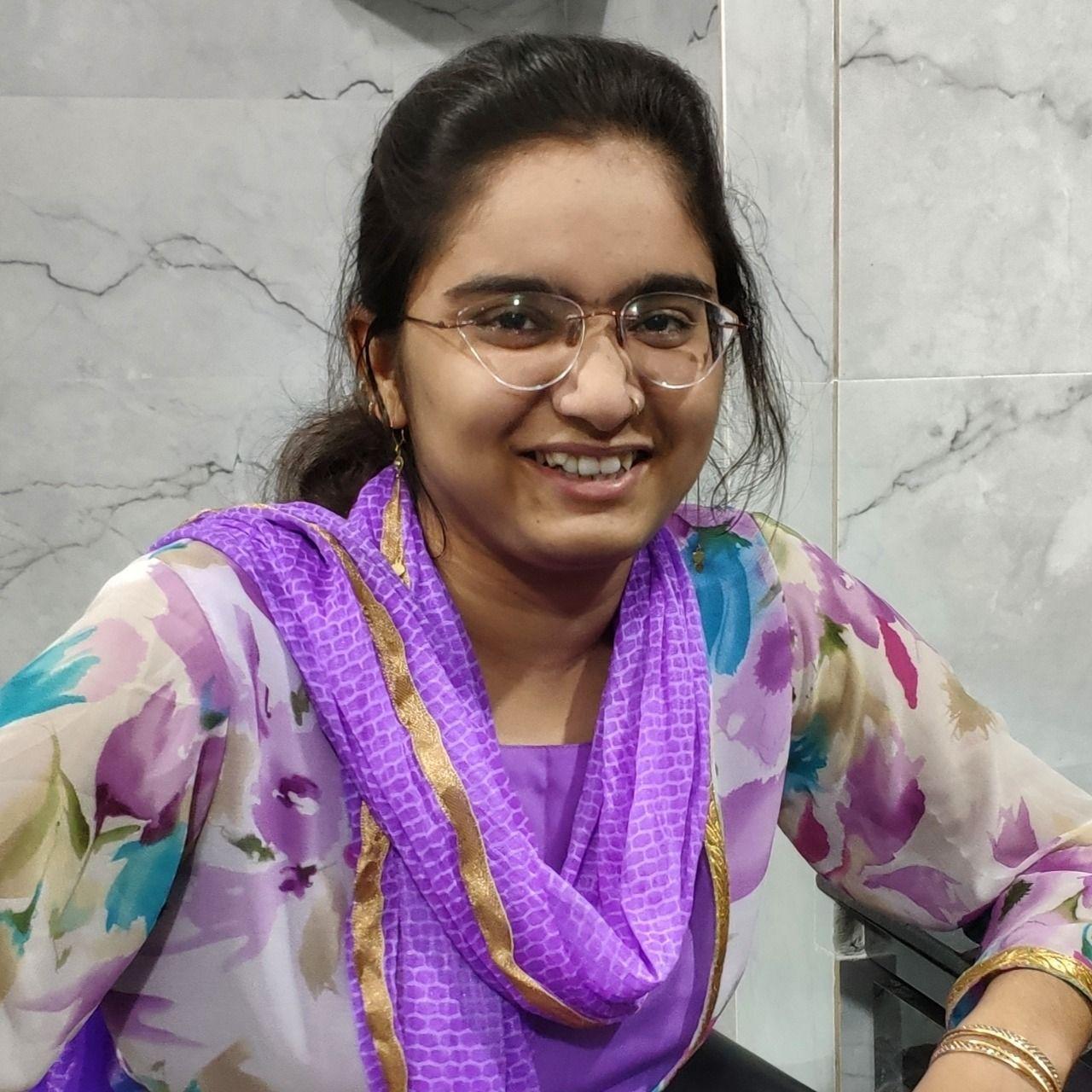 Iqra Vahevaria, CardNet - Profile