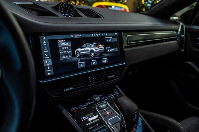 Porsche Cayenne Coupé 4.0 GTS   Head-up-Display   BOSE   Adaptieve luchtvering afbeelding 15