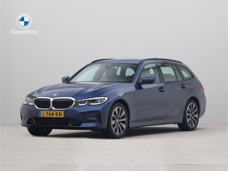 BMW 3 Serie Touring 318i Executive Edition Sport Line Automaat afbeelding 1