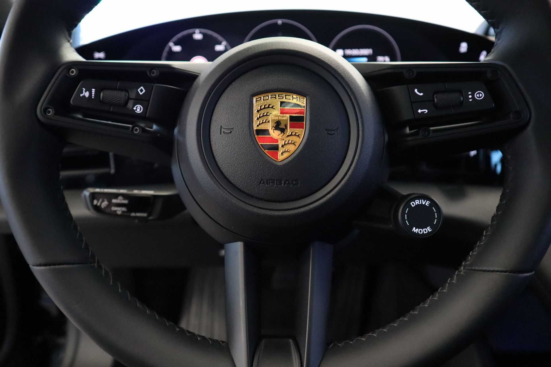 Porsche Taycan 4S Performance 571pk! Prijs = Ex.BTW Full-Led Sport-Chrono Panoramadak Warmtepomp afbeelding 36