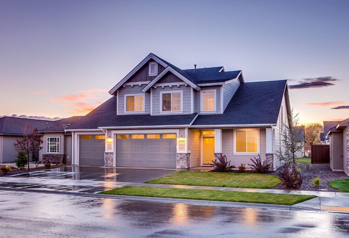 house for 2018 roofing trends