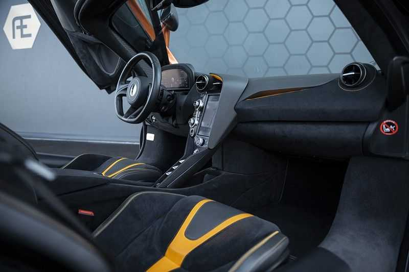McLaren 720S 4.0 V8 Performance BTW + CF INTERIOR + LIFTING + SOFT CLOSE afbeelding 12