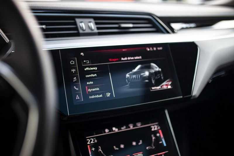 "Audi e-tron Sportback 50 Quattro S Edition *Pano / HUD / 21"" / Stad Pakket / DAB* afbeelding 13"