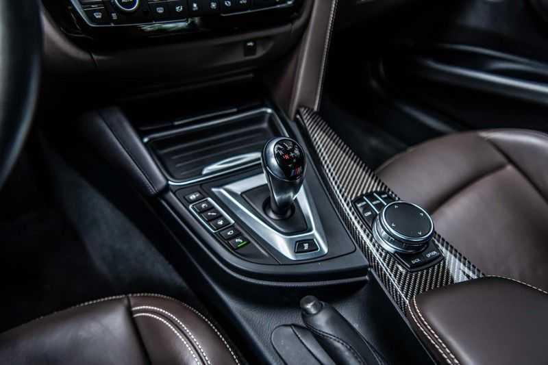 BMW 3 Serie M3 Competition DCTA, 450 PK, Facelift, Akrapovic, Harman/Kardon, Head/Up, LED, Surround View, Carbon, 2017, Org. NL!! afbeelding 12
