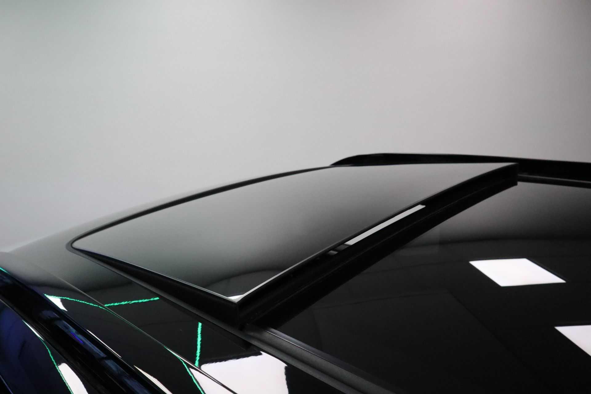 "Volvo XC40 Recharge P8 AWD R-Design EX BTW! Panoramadak 360 Camera 20""LM 8% Bijtelling Direct Leverbaar afbeelding 2"