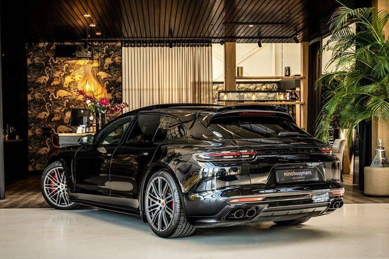 Porsche Panamera 4.0 GTS Sport Turismo | 360 | HUD | BOSE |PANO | Soft close | DAB | LED Matrix | Afstandstempomaat | Karmin Rood pakket, rood st afbeelding 3