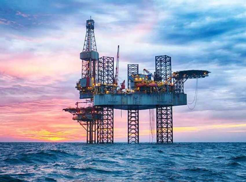 Accruent - Resources - Brochures - Engineering Information Management Solution for Oil & Gas - Hero