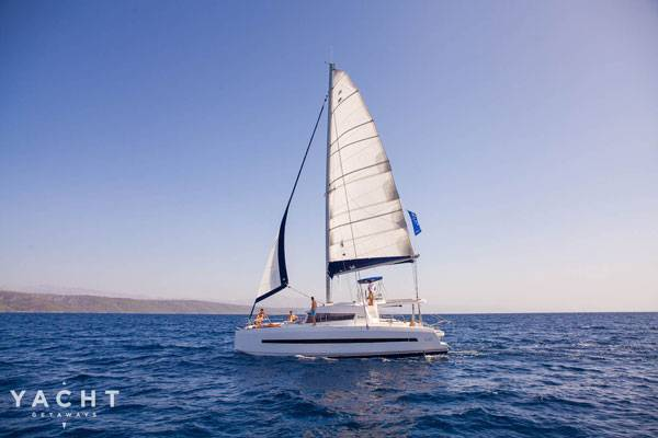 Why is a Sailing Holiday the Best Way to Get Away?