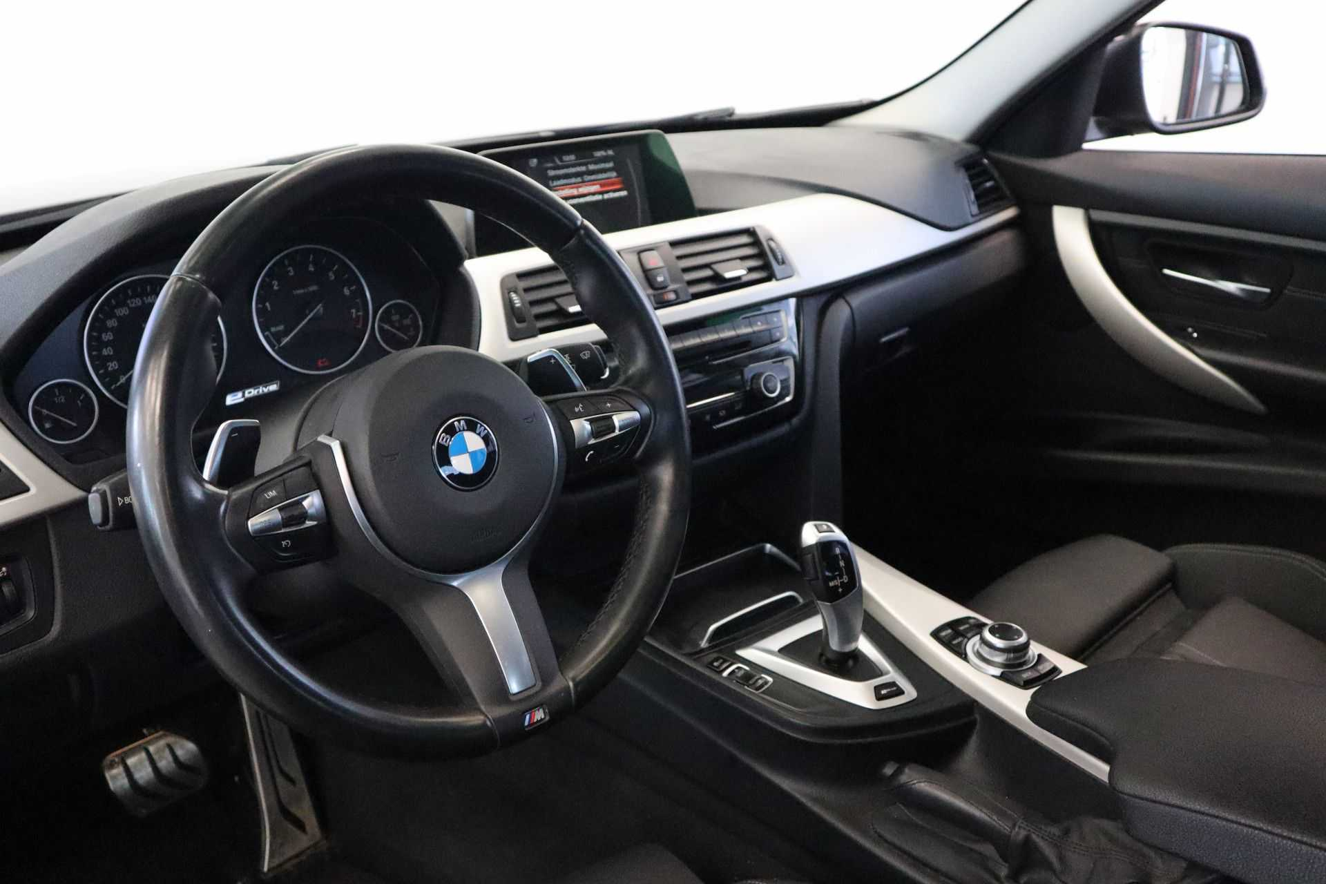 """BMW 3 Serie 330e M Sport Full Led Navigatie Clima Cruise 18""""LM afbeelding 15"""