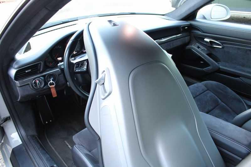Porsche 911 3.0 Carrera 4 GTS afbeelding 24