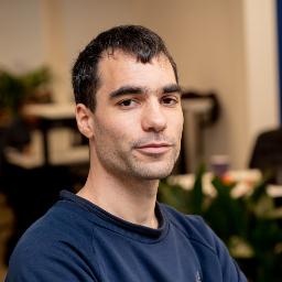 Dániel Poroszkai