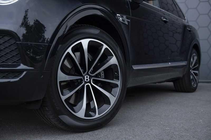 Bentley Bentayga 4.0 D (BTW AUTO) Elektrische trekhaak + Apple Carplay + Adaptive Cruise + Nachtzicht + Werkelijk in nieuwstaat afbeelding 5