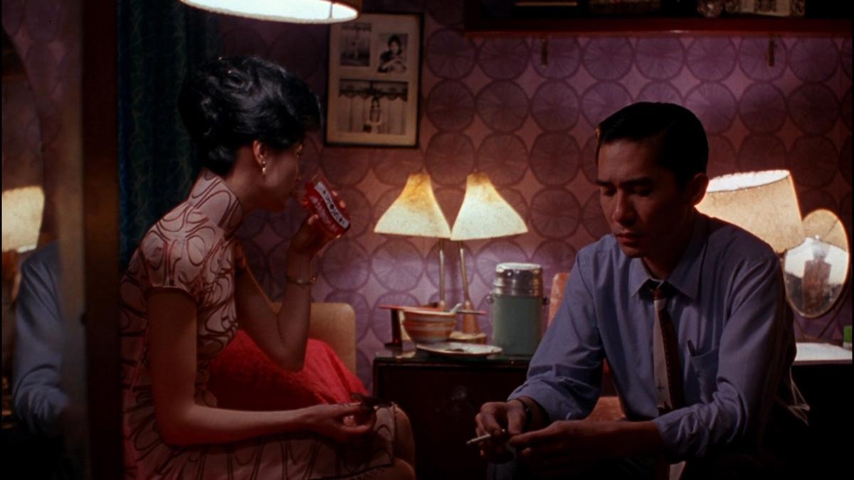 Кадр изфильма «Любовное настроение». Режиссер Вонг Кар-Вай, 2000. Источник: filmcomment.com