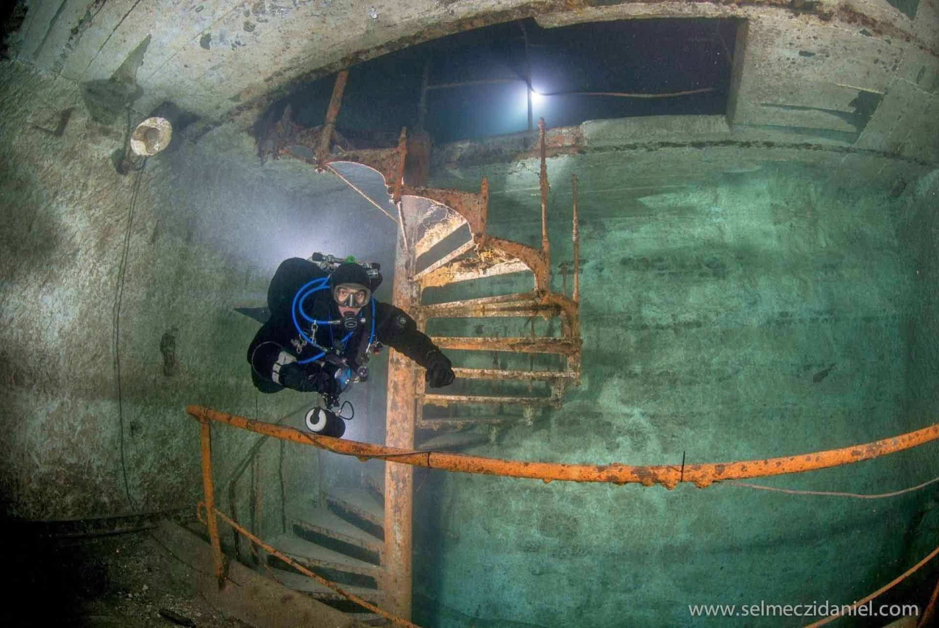 Kőbánya Mine (Diving)