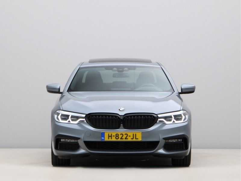 BMW 5 Serie 530i Aut. High Exe M-Sport afbeelding 5