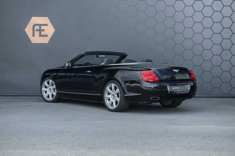 Bentley Continental GTC 6.0 W12 + Dealer onderhouden + Excellent Condition afbeelding 2