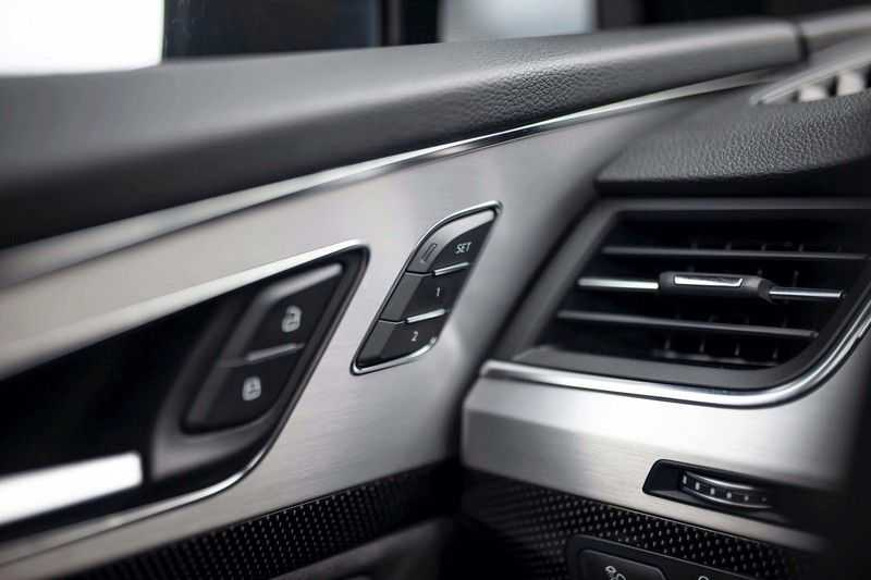 Audi SQ7 4.0 TDI Quattro *4 Wielbesturing / HUD / BOSE / Pano / 360 Camera / Nachtzicht* afbeelding 17