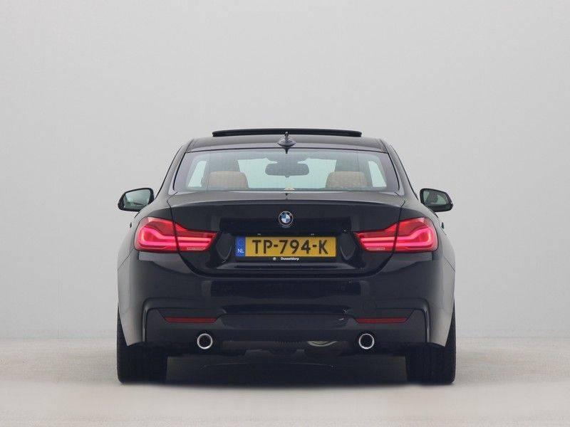 BMW 4 Serie Coupé 440i High Executive M-Sport afbeelding 10