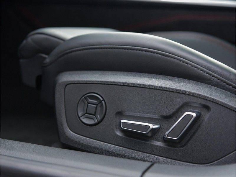 Audi RS7 Sportback 4.0TFSI 600pk Quattro Black Optic Laser-Led Softclose Head-Up Leder-dash RS-Zetels 22-Inch 360Camera afbeelding 24