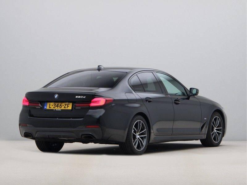 BMW 5 Serie 520d Sedan High Exe M-Sport afbeelding 9