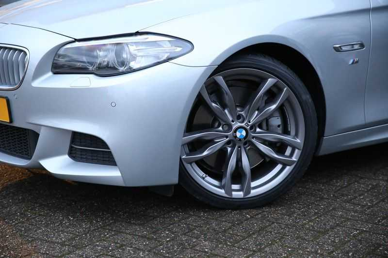 BMW 5 Serie M550D Facelift afbeelding 21