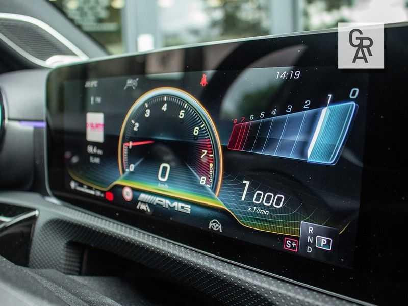 Mercedes-Benz A-Klasse A35 AMG AKRAPOVIC 4MATIC Advantage 370 PK afbeelding 22