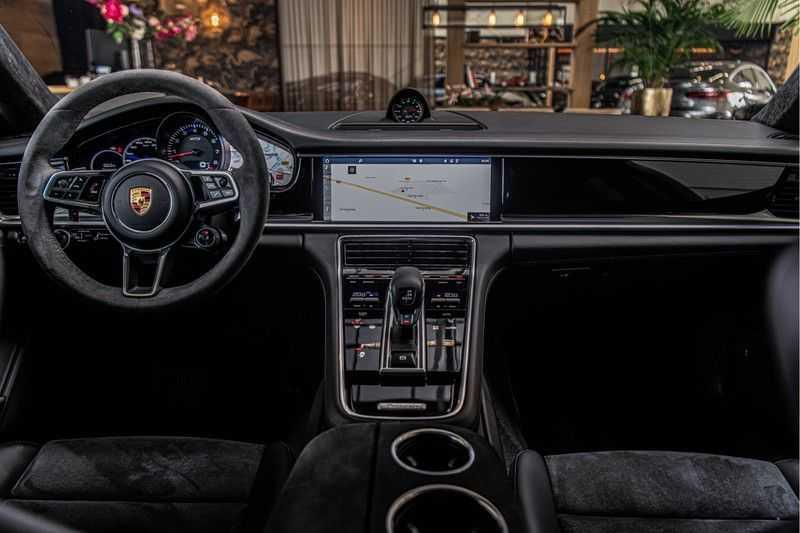 Porsche Panamera GTS Sport Turismo 4.0 | BOSE | Panorama | Alcantara | Comforttoegang | PDLS | PASM afbeelding 20