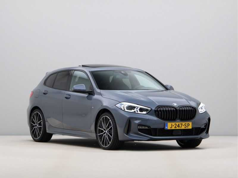 BMW 1 Serie 118i High Exe Edition Aut. M-Sport afbeelding 9