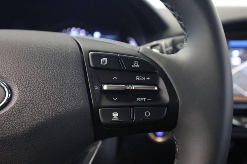 Hyundai IONIQ Comfort EV 4% Bijtelling NIEUW!! 21.116 ex. BTW Navigatie Adaptive-Cruise afbeelding 9