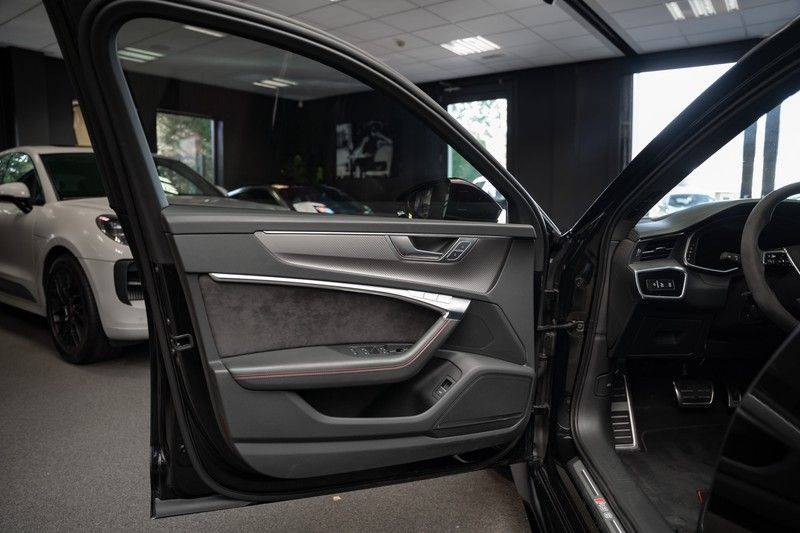 Audi A6 Avant RS 6 TFSI quattro Akrapovic B&O Panoramadak afbeelding 20