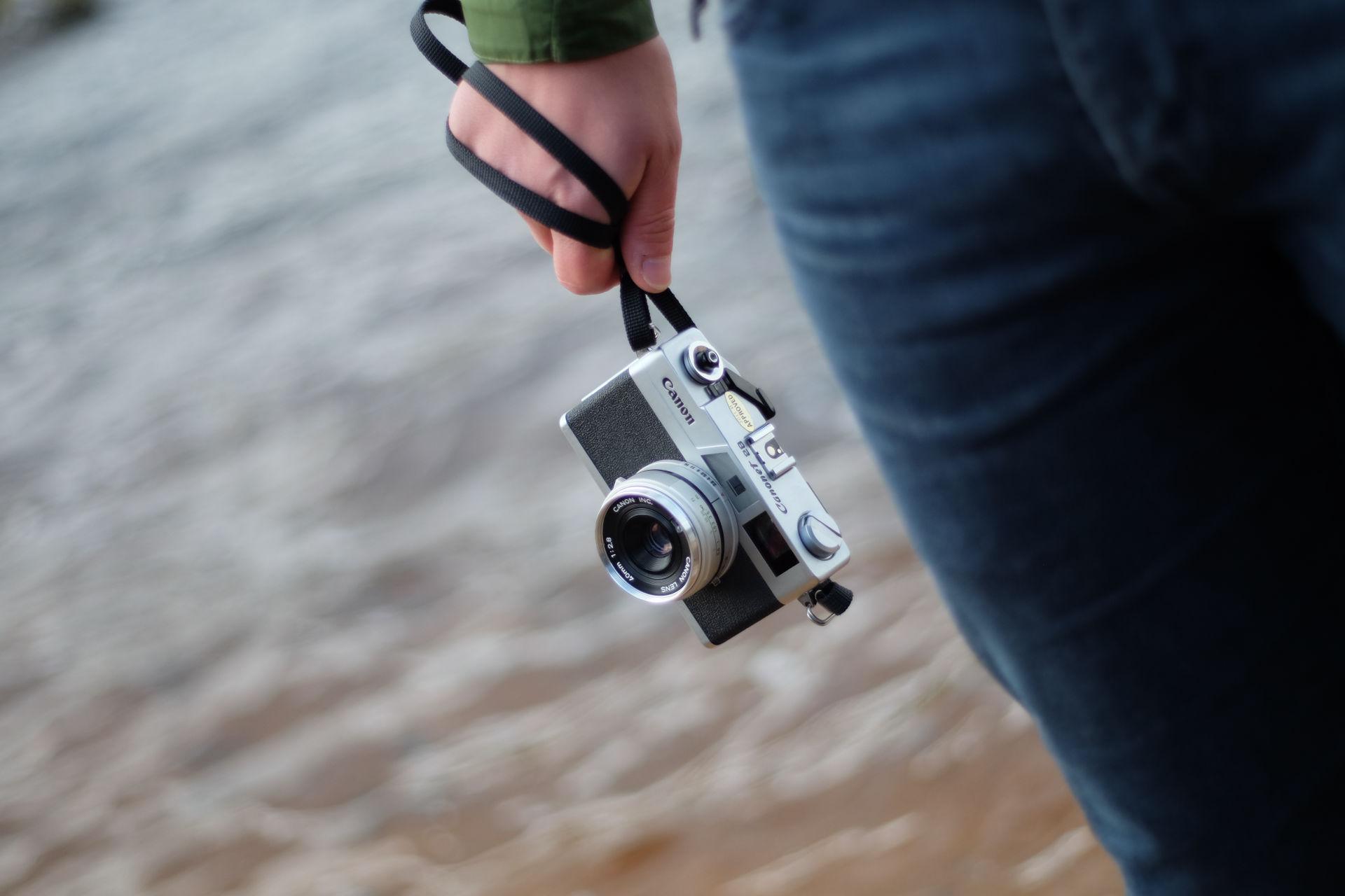 Tenner film camera