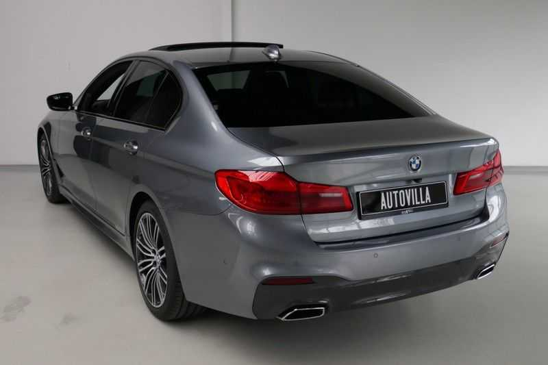 BMW 5 Serie 530d High Executive M-Sport afbeelding 9