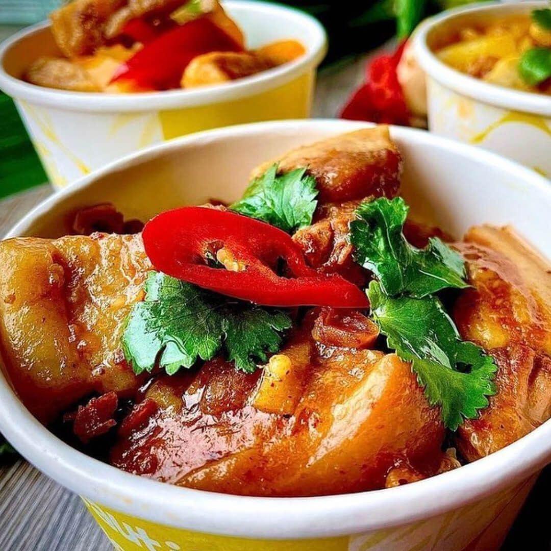 Jino's Thai Cafe curry