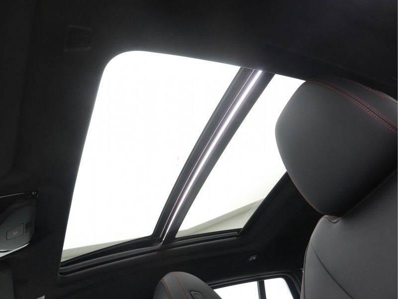 BMW X4 xDrive20i M Sport Edition afbeelding 18