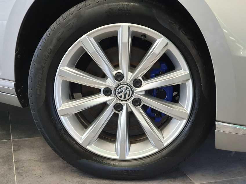Volkswagen Passat 1.4 TSI GTE Highline EX BTW Navigatie Panoramadak LED PDC Clima Cruise 17`LM afbeelding 21