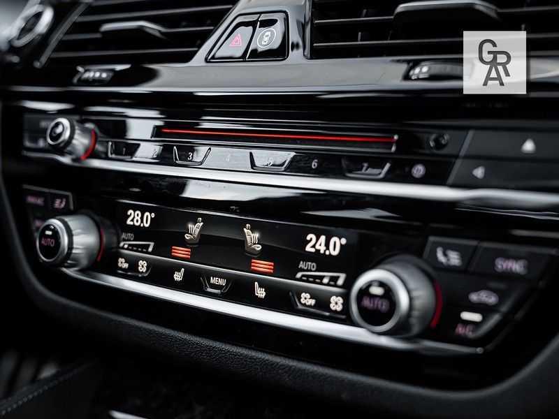 BMW 5 Serie 540i xDrive High Executive afbeelding 18